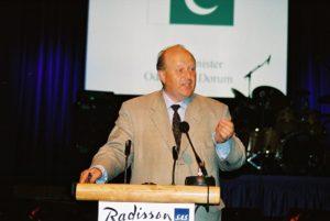 bilder-fra-14-augustkomiteen-2003-210